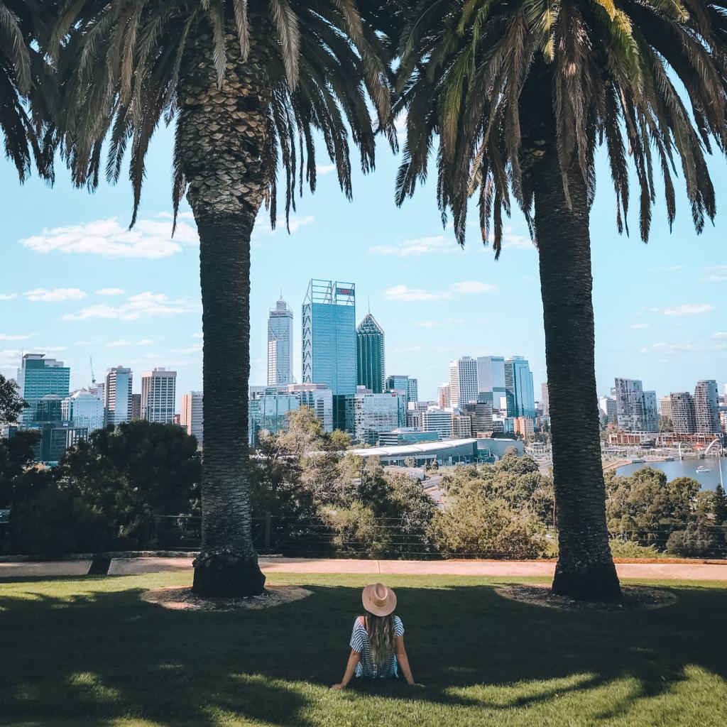 Vue de Perth depuis le jardin botanique